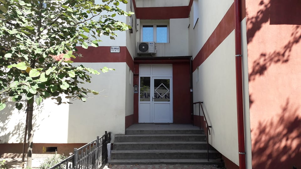 Vanzare apartament central